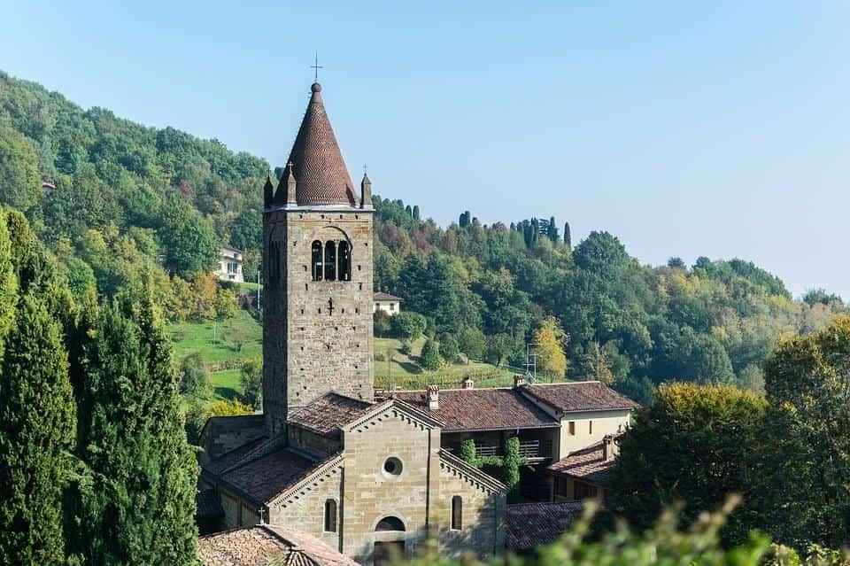 Евтини самолетни билети до Бергамо-Италия
