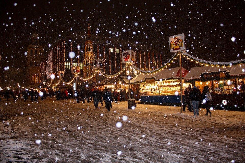 Snowflakes, Snow, Winter, Christmas, Christmas Market