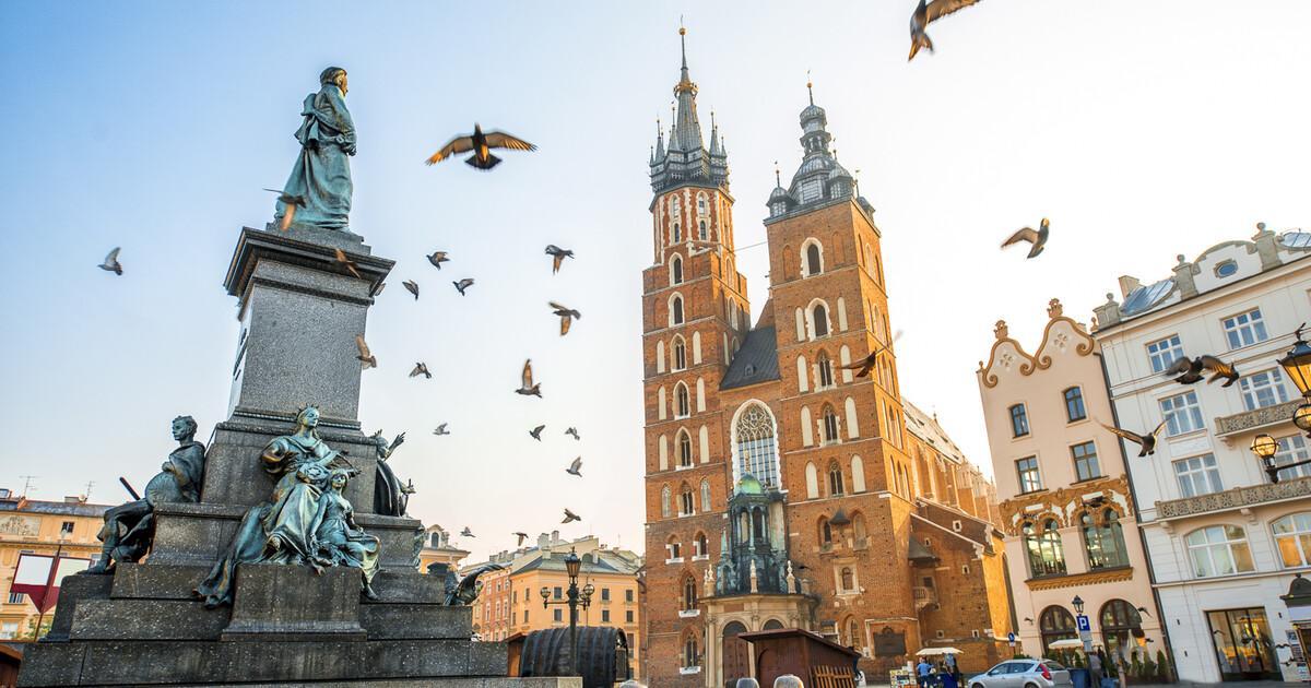 Евтини самолетни билети до Краков